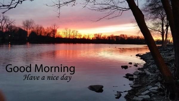 Good Morning - Sunrise behind Lake-wg16229